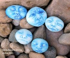 Neugeborene Steine